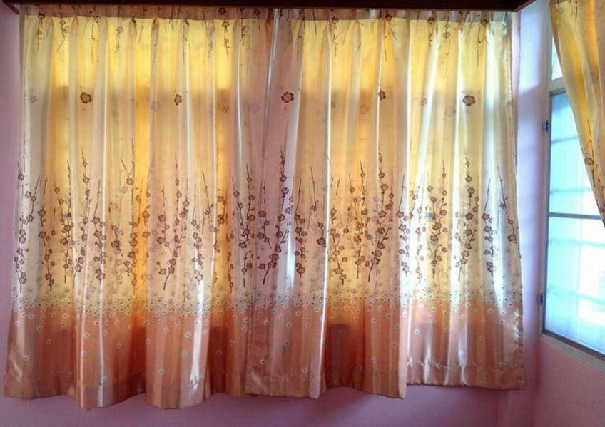 Прозрачные шторы для кухни