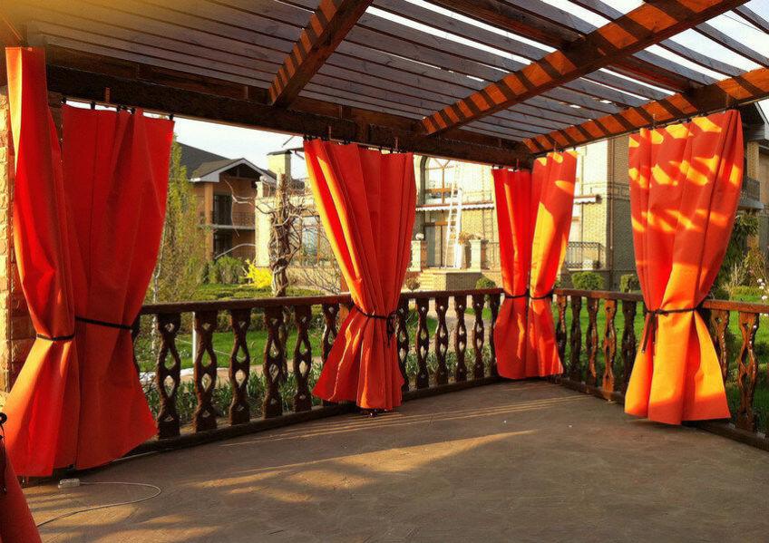 Оригинальные шторы для кафе
